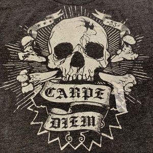 Old Navy Men's Size Medium Carpe Diem T Shirt  NWT